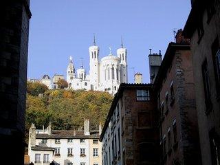 リヨン ノートルダム・ド・フルヴィエールバジリカ聖堂.jpg