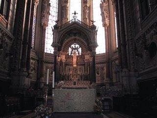 リヨン ノートルダム聖堂のマリア.jpg